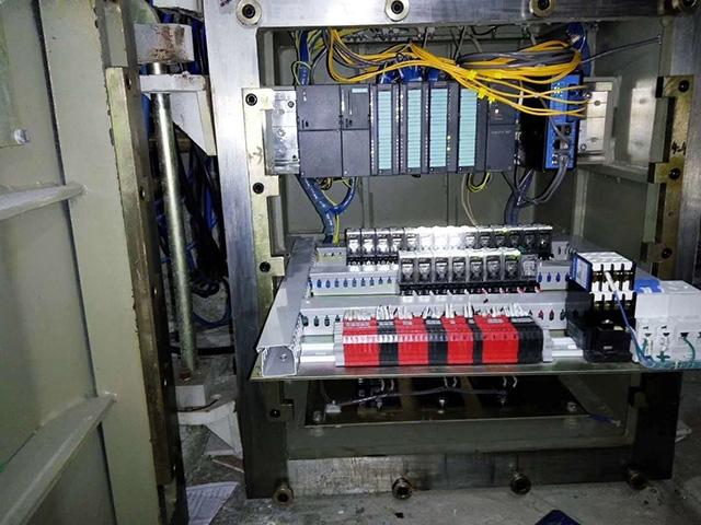PLC自动化控制柜