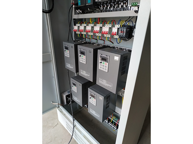 PLC自动化变频控制柜