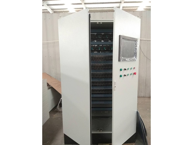 PLC环保节能控制柜